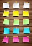 colorful-paper-notes-on-wood-texture-100176338